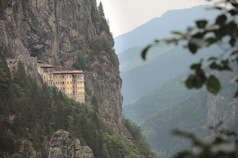 manastir bogorodica sumela svetinja pontskih grka header grckaisrbija