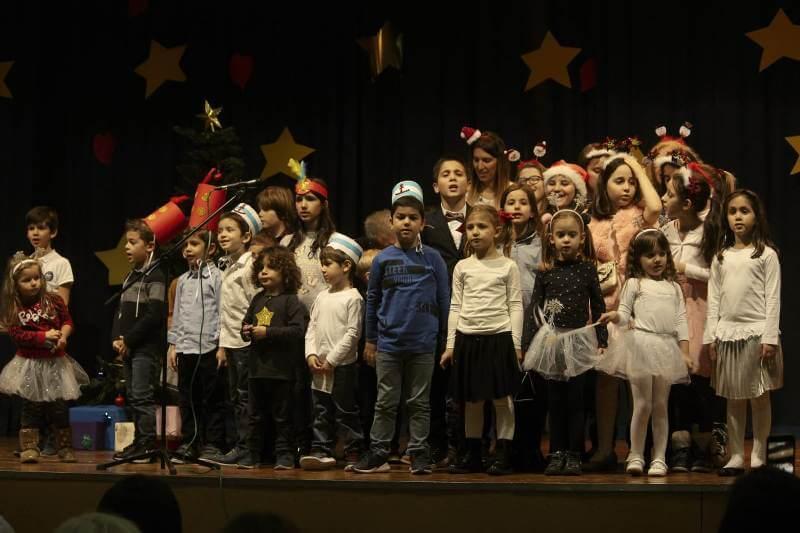 božićna priredba učenika grčke škole u beogradu header grckaisrbija