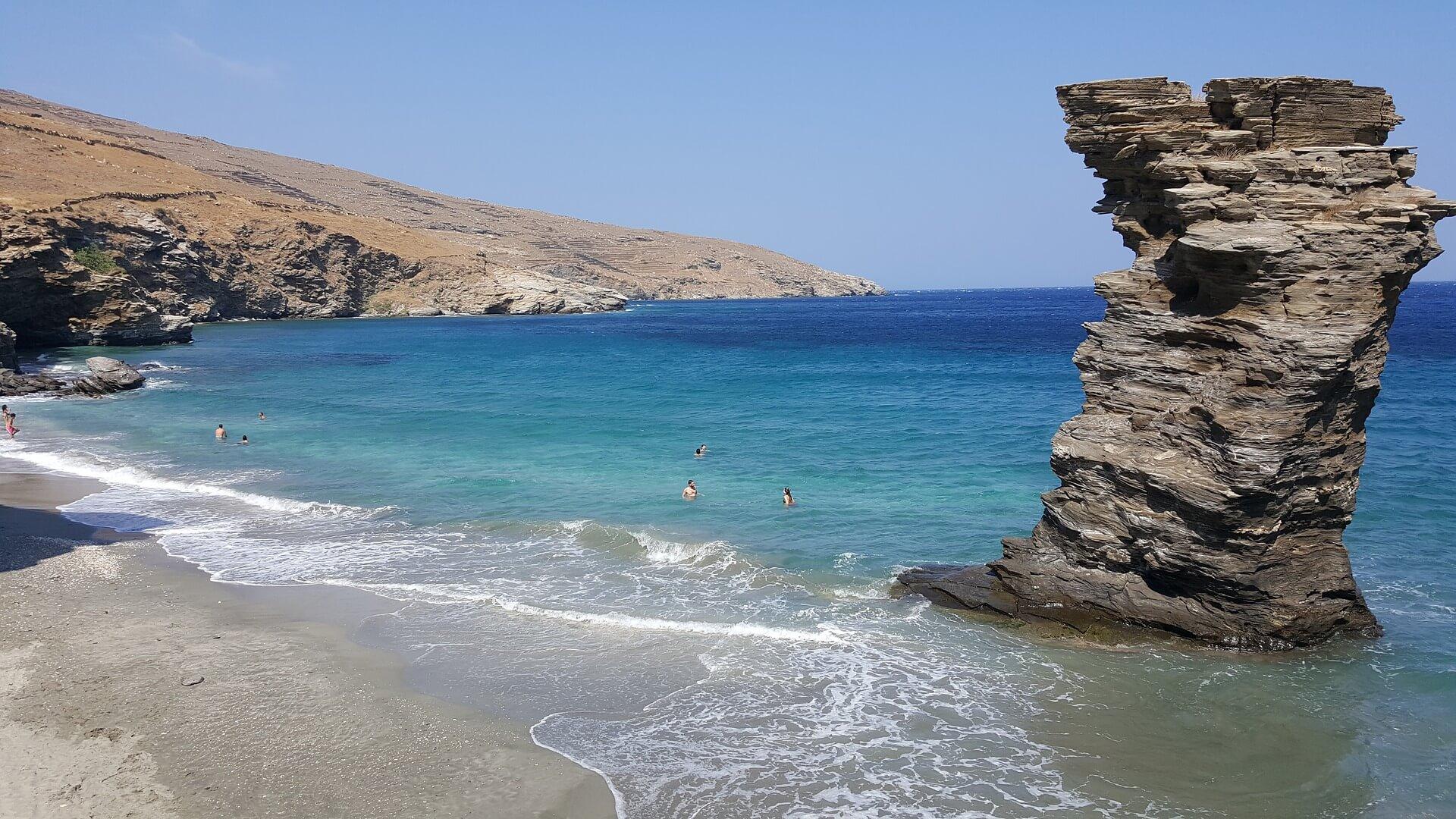 andros jedinstveno ostrvo kiklada header grckaisrbija