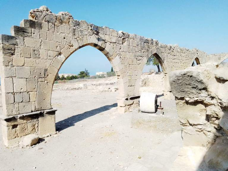 mesto na kome je rođena boginja afrodita 1 grckaisrbija